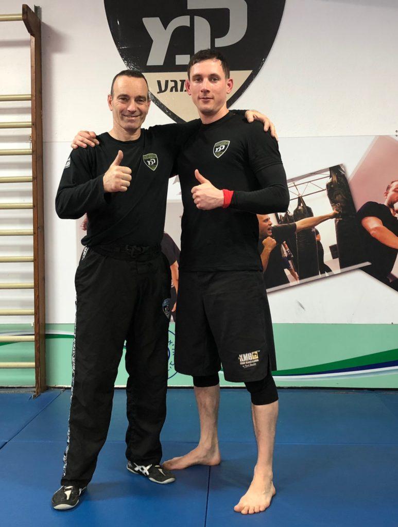 Náš hlavní instruktor Jan Kužel po tréninku v Izraeli s mistrem Zeev Cohen.
